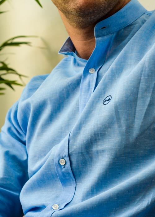 Camisa Cuello Mao Celeste 2