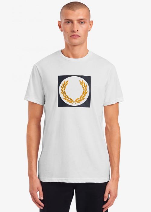 Camiseta Blanca Dibujo Laurel 1